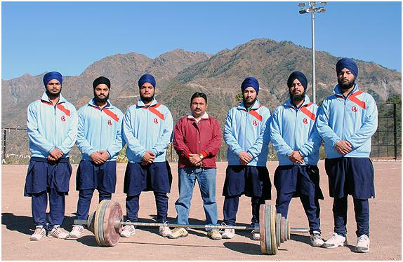 Students of Akal Academy, Baru Sahib create a State Record in Open Weightlifting